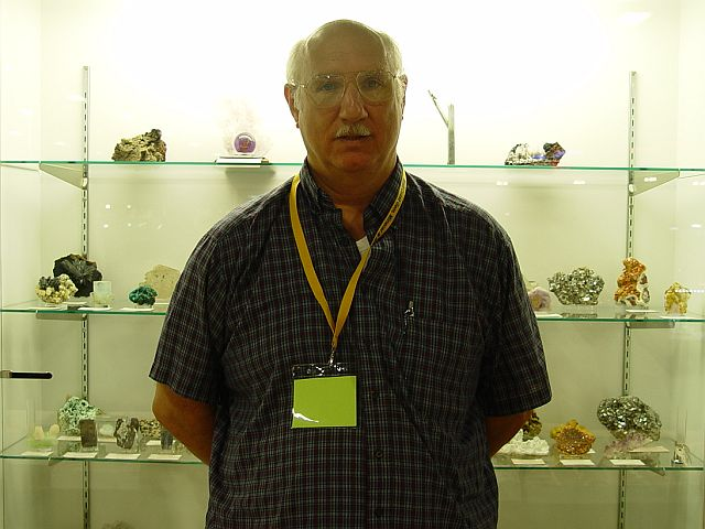 Ted Johnson of Yankee Mineral and Gem Co.